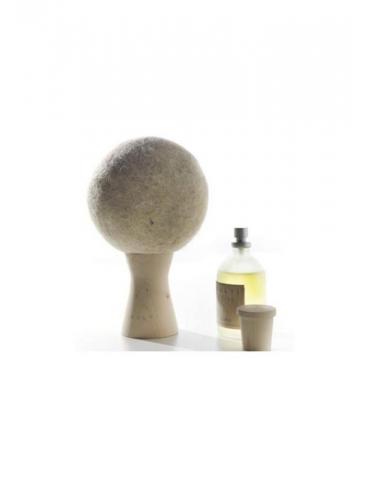 """CULTI MILANO Vilnos kamuolėlis ant medinio stovelio kvepalams purkšti """"Atmosfera Stile"""""""