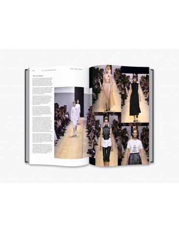 """TASCHEN knyga """"Chanel Catwalk"""" (NEW EDITION)"""